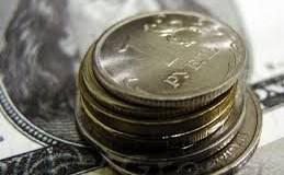 Рубль вновь подошел вплотную к отметке 80